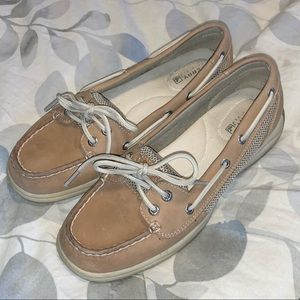 Sperry Tan Leather boat shoes 9773581 size 6.5